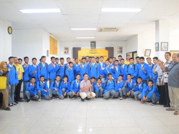 Kunjungan Industri TMI